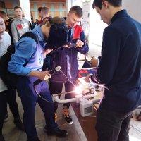 24 октября на базе Дворца молодежи Республики Марий Эл  состоялся Единый день профессионального самоопределения для обучающихся 9-х классов общеобразовательных организаций под девизом «Мир профессий»._7